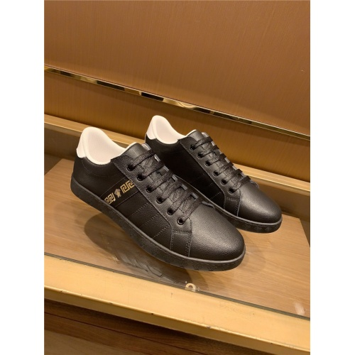 Versace Casual Shoes For Men #773861