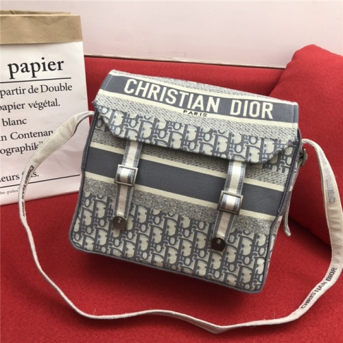 Christian Dior AAA Quality Messenger Bags #774540