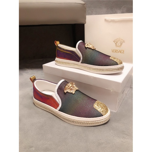 Versace Casual Shoes For Men #774618