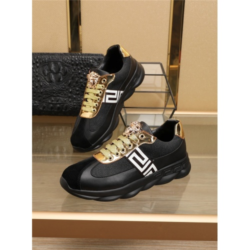 Versace Casual Shoes For Men #774719