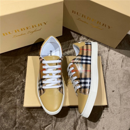 Burberry Casual Shoes For Men #774831