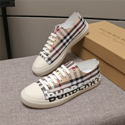 Burberry Casual Shoes For Men #774835