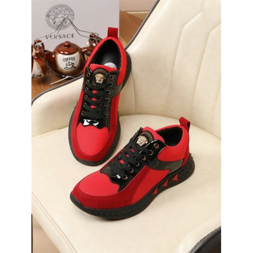 Versace Casual Shoes For Men #774856