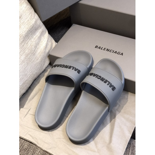 Balenciaga Slippers For Women #775224