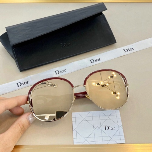 Christian Dior AAA Quality Sunglasses #775654