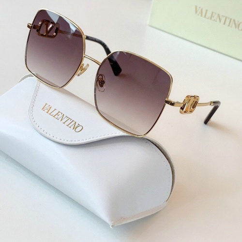 Valentino AAA Quality Sunglasses #775948
