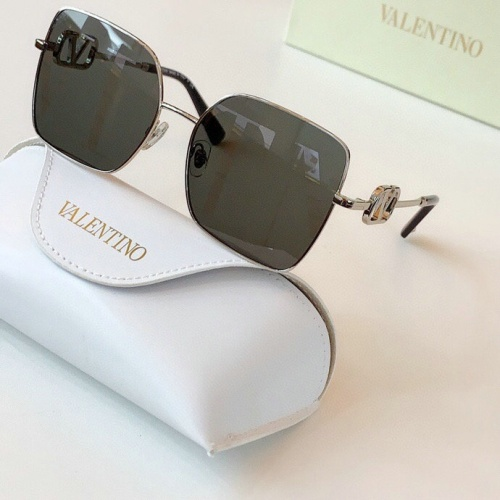 Valentino AAA Quality Sunglasses #775956