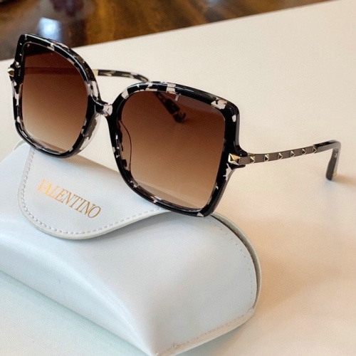 Valentino AAA Quality Sunglasses #775960