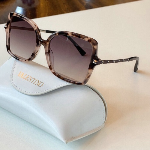 Valentino AAA Quality Sunglasses #775961
