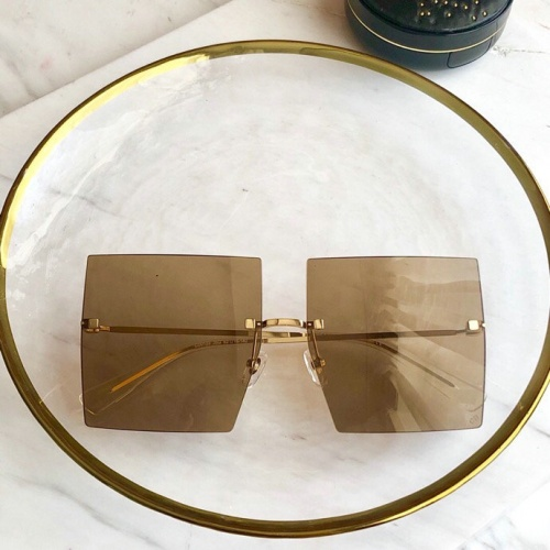 Christian Dior AAA Quality Sunglasses #775989
