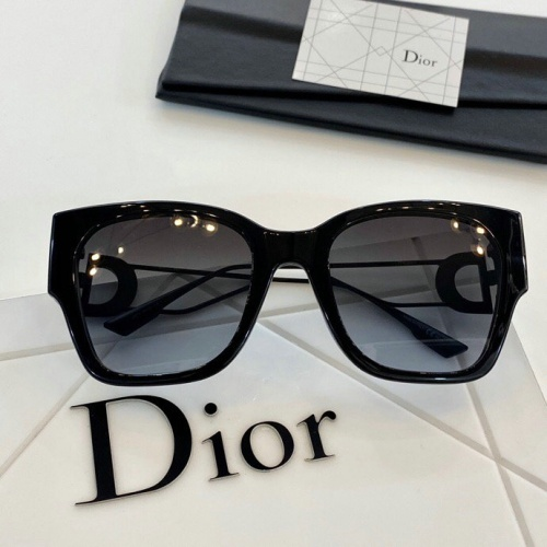 Christian Dior AAA Quality Sunglasses #776019
