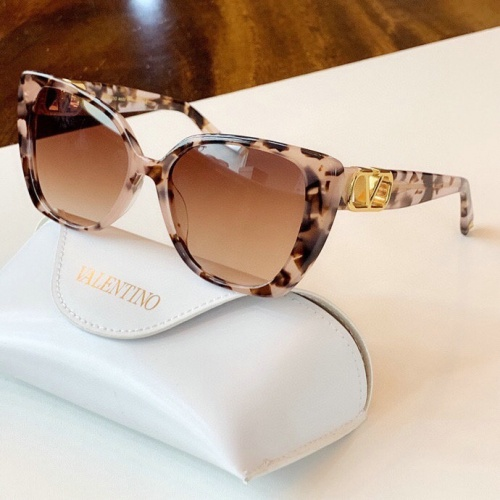 Valentino AAA Quality Sunglasses #776299