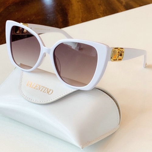 Valentino AAA Quality Sunglasses #776302