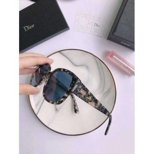 Christian Dior AAA Quality Sunglasses #776470