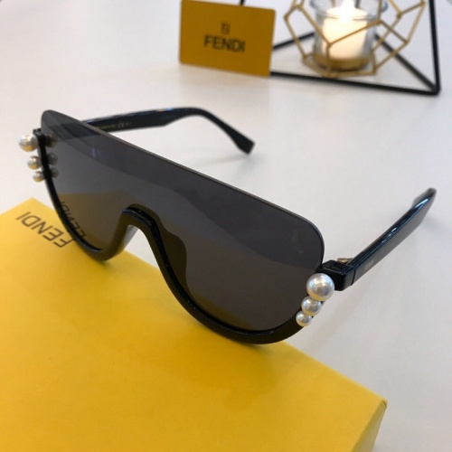 Fendi AAA Quality Sunglasses #776571