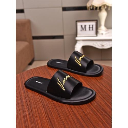 Versace Slippers For Men #776837