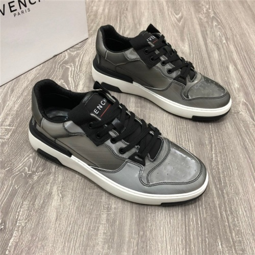 Givenchy Casual Shoes For Men #777084