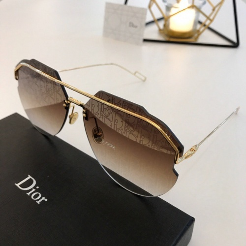 Christian Dior AAA Quality Sunglasses #777275