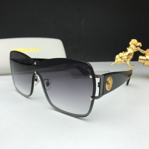 Versace AAA Quality Sunglasses #777597