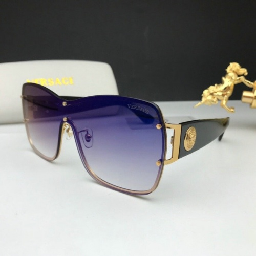 Versace AAA Quality Sunglasses #777604