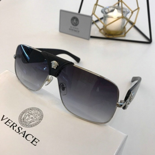 Versace AAA Quality Sunglasses #777611