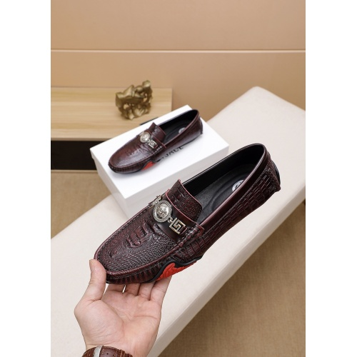 Versace Casual Shoes For Men #777778