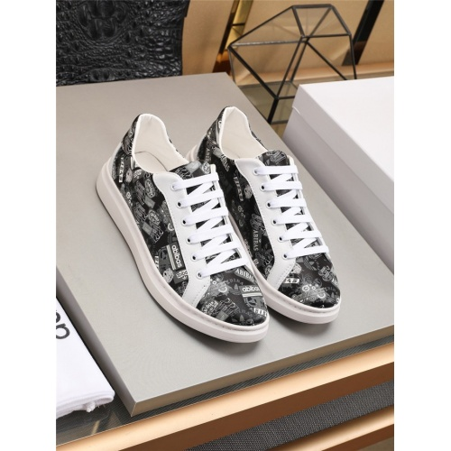 Versace Casual Shoes For Men #777802
