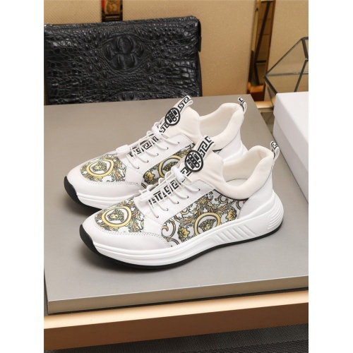 Versace Casual Shoes For Men #777950