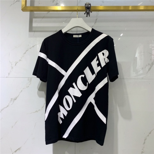 Moncler T-Shirts Short Sleeved Polo For Men #778313 $40.74 USD, Wholesale Replica Moncler T-Shirts