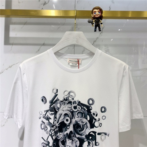 Replica Alexander McQueen T-shirts Short Sleeved O-Neck For Men #778318 $39.77 USD for Wholesale