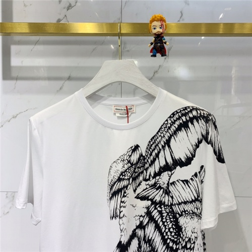 Replica Alexander McQueen T-shirts Short Sleeved O-Neck For Men #778319 $39.77 USD for Wholesale