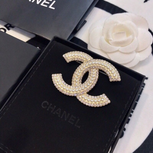 Chanel Brooches #778437