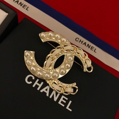 Chanel Brooches #778438