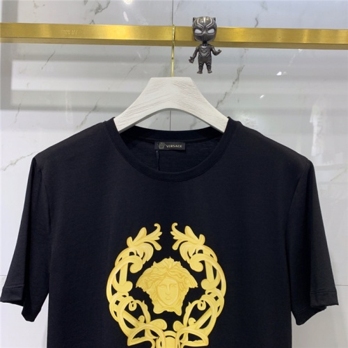 Replica Versace T-Shirts Short Sleeved O-Neck For Men #778491 $39.77 USD for Wholesale
