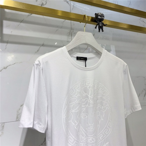 Replica Versace T-Shirts Short Sleeved O-Neck For Men #778493 $39.77 USD for Wholesale
