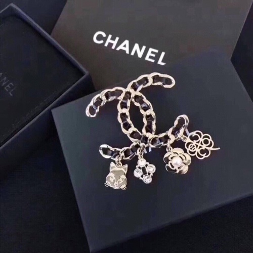 Chanel Brooches #779304