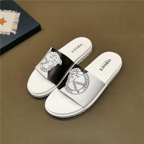Versace Slippers For Men #780157