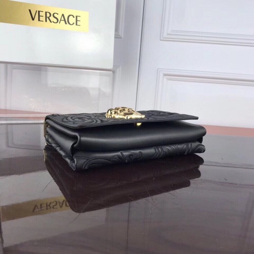 Replica Versace AAA Quality Messenger Bags For Women #780612 $125.13 USD for Wholesale