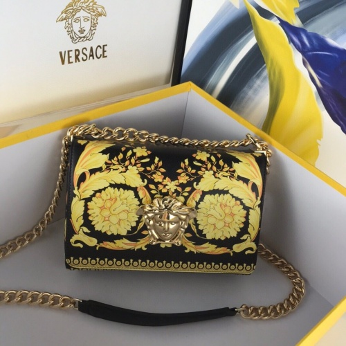 Versace AAA Quality Messenger Bags For Women #780619