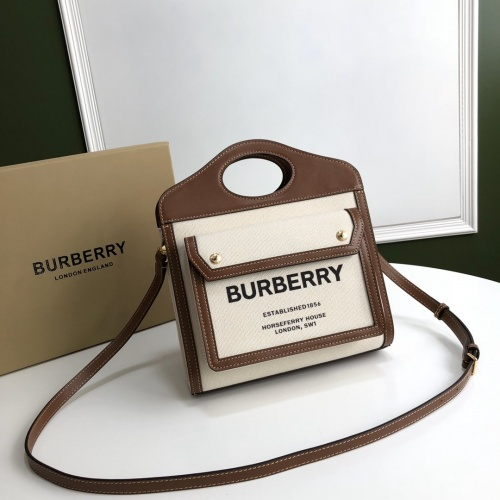 Burberry AAA Quality Messenger Bags For Women #780629