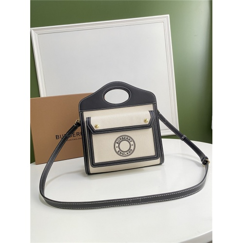 Burberry AAA Quality Messenger Bags For Women #780630