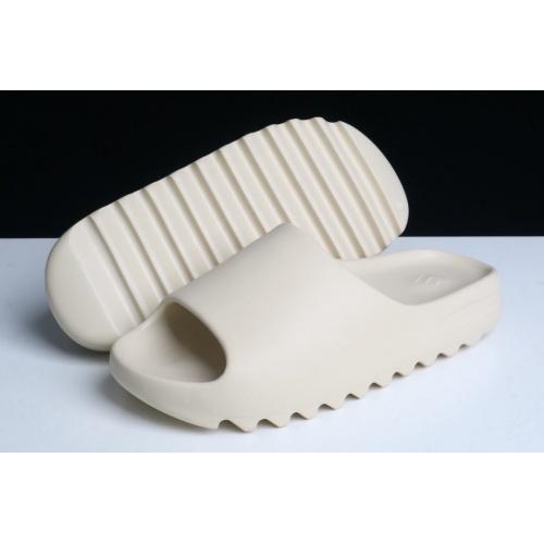Adidas Yeezy Slipper For Women #781084
