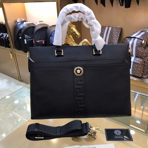 Versace AAA Man Handbags #781145