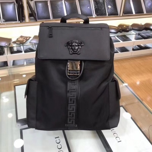 Versace AAA Man Backpacks #781149
