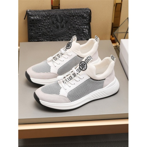 Versace Casual Shoes For Men #781172