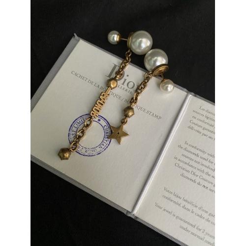 Christian Dior Earrings #781250