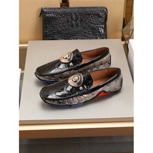 Versace Casual Shoes For Men #781355 $77.60 USD, Wholesale Replica Versace Casual Shoes