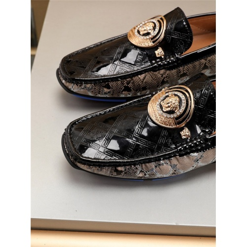 Replica Versace Casual Shoes For Men #781355 $77.60 USD for Wholesale