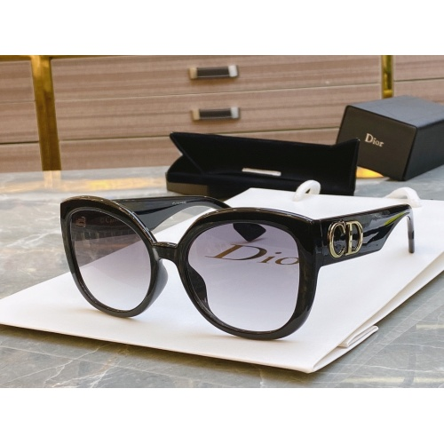 Christian Dior AAA Quality Sunglasses #781901