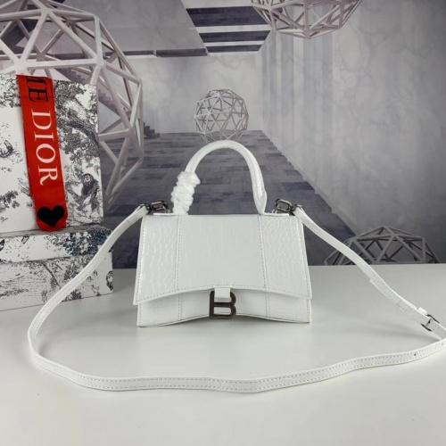 Balenciaga AAA Quality Messenger Bags #781904
